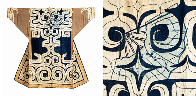 《白布切抜紋木綿衣(カパラミㇷ゚)》 20世紀 早稲田大学會津八一記念博物館※右側は、《白布切抜紋木綿衣(カパラミㇷ゚)》に用いられた和風の布地に、扇の文様が描かれていた部分の拡大画像。袖のあたりにも、同じ扇文様が見られる。