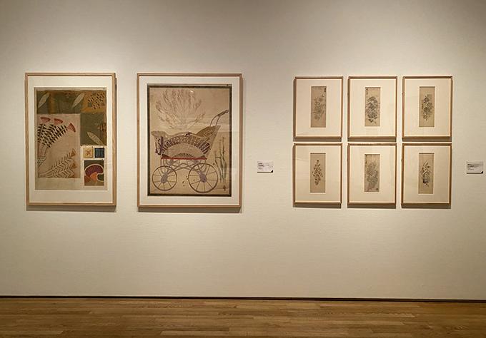図案科の講師に登用された講師らの作品。(左2点)今和次郎《工芸各種図案》1912年(右6点)斎藤佳三《リズム模様原画》制作年不詳