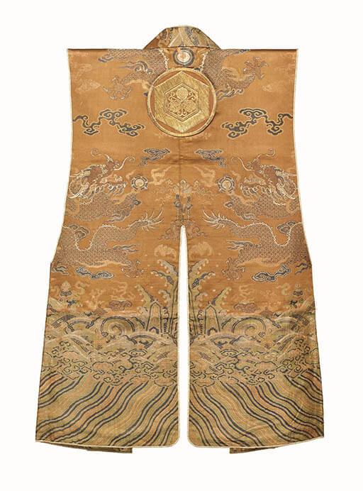 《陣羽織(チンパオリ)》 19世紀 東京国立博物館蔵 Image:TNM Image Archives