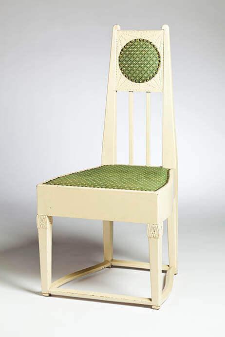 エリエル・サーリネン《ヴィトレスクのサーリネン邸の寝室の椅子》1902-1903年頃製作:おそらくフィンランド手工芸協会フィンランド国立博物館